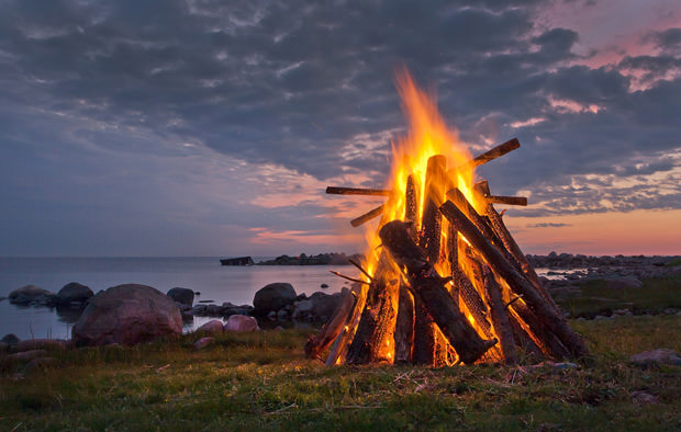 bigstock-Bonfire-39570487